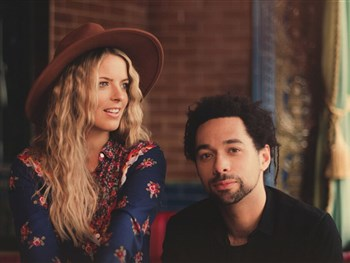 Listen: The Shires - Lightning Strikes