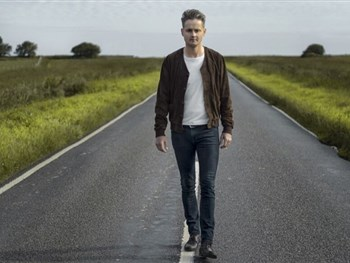 Keane Frontman Tom Chaplin to Play York Barbican